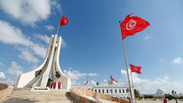 Photo of تونس :نحترم قرار الشعب السوري باختيار قيادته و القمة العربية في تونس ستبت بعودة سورية