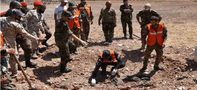 Photo of خان شيخون: استعادة جثامين لعسكريين استشهدوا قبل سنوات