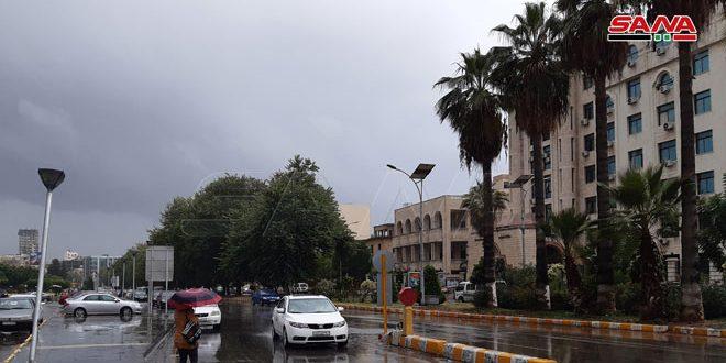 Photo of هطولات مطرية منتصف الأسبوع وأجواء باردة في نهايته
