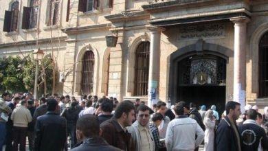 Photo of قرار جامعة دمشق الخاص باللباس يثير الجدل