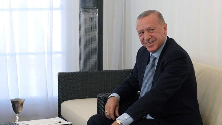 "Photo of قراء الغرب غاضبون من ممارسات أردوغان في إدلب: ""الرجل جنّ جنونه"""