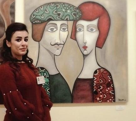 Photo of التشكيلية سلام الأحمد: صمت شخصيات لوحاتي يحكي قصصهم!