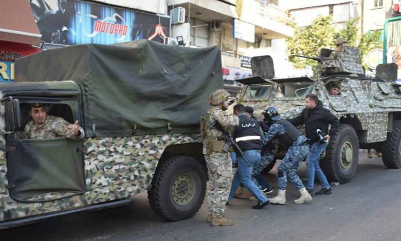 Photo of توضيح لبناني حول أنباء الاشتباكات بين الجيشين السوري واللبناني…