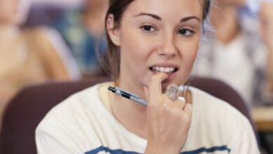 Photo of عادات خاطئة تضر بالأسنان