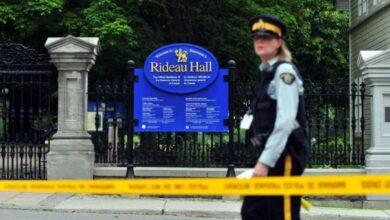 """Photo of توجيه 22 اتهاماً لمسلح """"هدد حياة"""" رئيس وزراء كندا"""