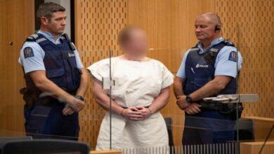 """Photo of نيوزيلندا: منفذ مذبحة """"كرايست تشيرش"""" سيمثّل نفسه في جلسة النطق بالحكم"""