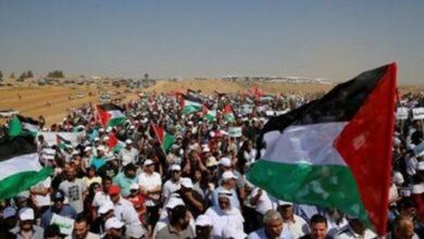 "Photo of غزة: مسيرة ""موحدون ضد الصفقة"".. رفضاً لخطة الضم الإسرائيلية"