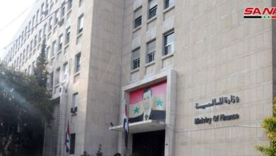 Photo of بيان لوزارة المالية حول قرار مجلس الوزراء القاضي بتصريف السوريين القادمين 100 دولار