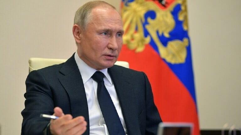"""Photo of بوتين يتحدث عن """"القنبلة الموقوتة"""" في الدستور السوفيتي"""