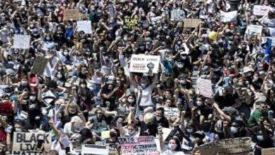 Photo of عشرات آلاف العمال الأمريكيين يضربون ضد العنصرية في 20 الجاري