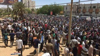 "Photo of السودان يتعهد بتنفيذ مطالب ""ذكرى 30 يونيو"""