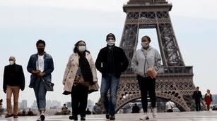 Photo of فرنسا: فرض ارتداء الكمامة في جميع الأماكن العامة المغلقة