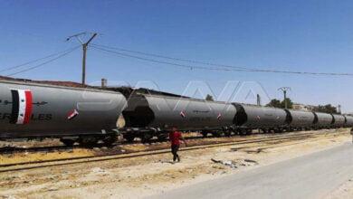 Photo of وصول أول قطار محمل بالحبوب من مرفأ طرطوس إلى صوامع السبينة بريف دمشق بعد انقطاع تسع سنوات