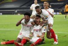 """Photo of بعد فوز مثير على""""ولفرهامبتون"""" الإنجليزي..""""إشبيلية"""" الإسباني يتأهل لنصف نهائي الدوري الأوروبي"""