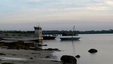 """Photo of موزامبيق:مسلحون على صلة بـ""""داعش""""يسيطرون على ميناء في منطقة غنية بالغاز"""