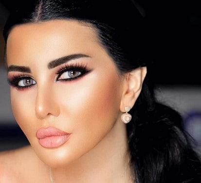 Photo of الجميلة جيني اسبر .. تواصل سعيها إلى الملايين