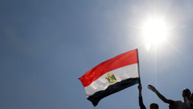 Photo of العثور على هاتف محمول في معدة مواطن مصري (صورة)