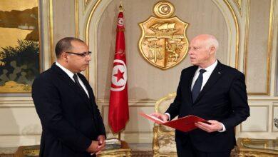 Photo of في خطوة مفاجئة..رئيس الحكومة التونسية يقيد تواصل وزرائه مع الرئاسة