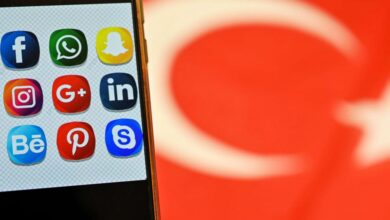 Photo of مع دخول قانون جديد حيز التنفيذ..تركيا تشدد قبضتها الأمنية على مواقع التواصل