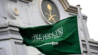 Photo of هندي يهدد السفارة السعودية في نيودلهي بقنبلة.. والسبب امرأة!